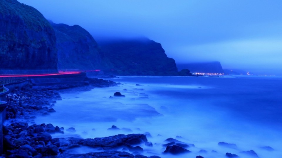 Penciptaan Tiada Henti Samudra Biru
